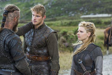 travis fimmel vikings season 2 quot vikings quot season 2 episode 4 clips and plot
