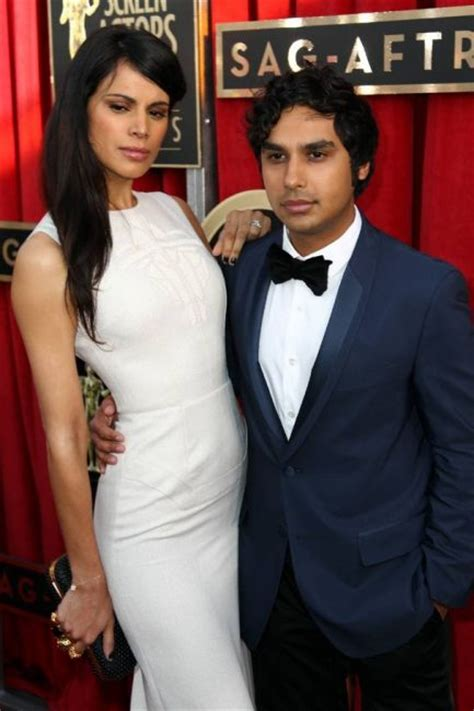 So Who is current Kunal Nayyar girlfriend?