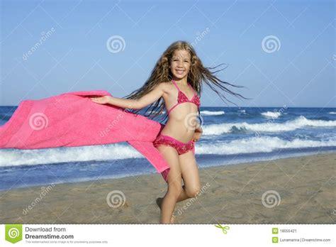 little models xyz beach little girl