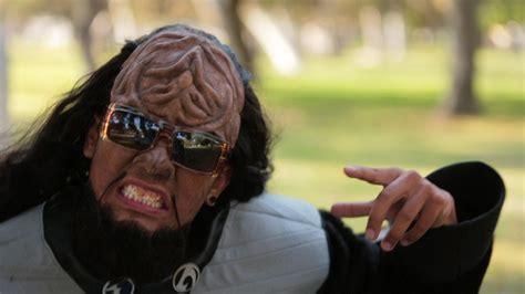 Syari Stela klingon style lyrics comediva
