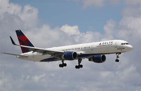 flying with a delta delta free in flight texting simplemost