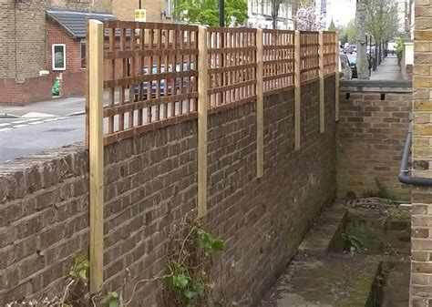 Garden Fencing Hackney Fences East London North London Garden Wall Fencing