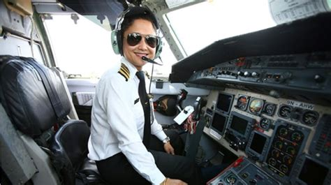 a day in the of an airline pilot books women s day lufthansa pilots fly all crew