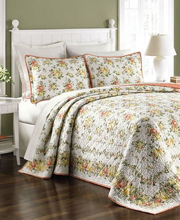 Bedspreads Only You Are In Bed Bath Gt Quilts Bedspreads