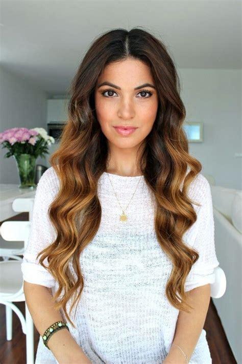 darker hair on top lighter on bottom is called wavy dark top to light bottom hair pinterest
