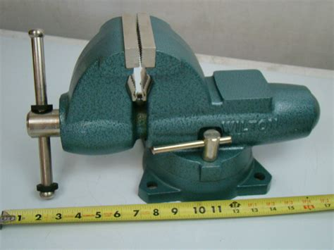 bench vice jaws wilton 3 1 2 jaws combination pipe bench vise model c 0 ebay