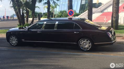 bentley mulsanne limo bentley mulsanne grand limousine 10 august 2016 autogespot