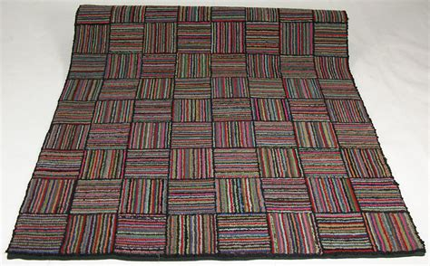 Hooked Rugs Definition by Cherry Gallery Journalbears Hooked Rug