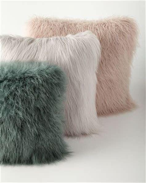 Teal Fluffy Pillow 25 Best Ideas About Fur Pillow On Fluffy