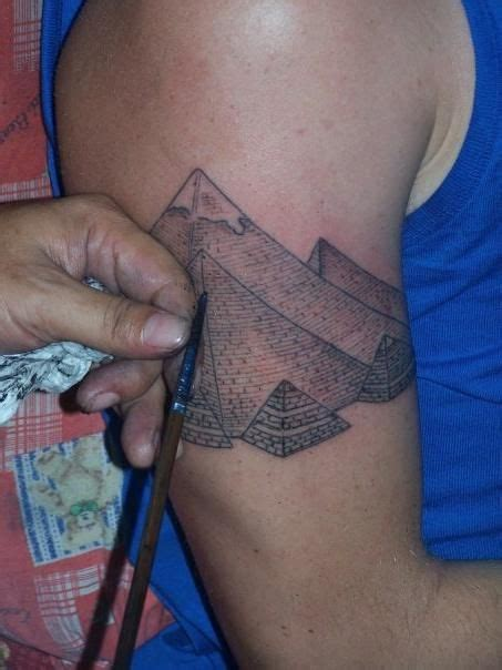 tribal thong tattoo 25 best ideas about pyramid on