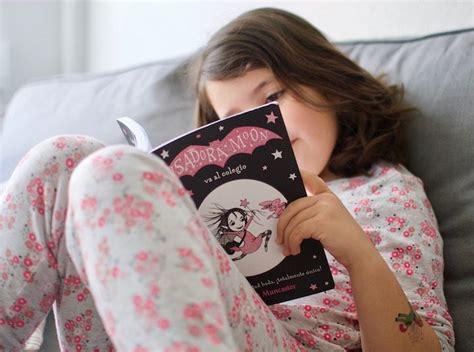 isadora moon se mete en un lã o isadora moon gets in trouble edition books los cuentos de quot 201 rase dos veces quot beatriz mill 225 n