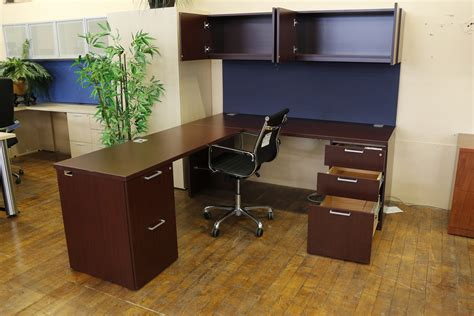 Paoli Office Furniture by Paoli R Series Mahogany Laminate L Shape Desk With