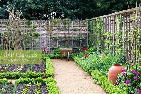 Gap Gardens Walled Kitchen Garden With Forcing Pots Walled Kitchen Garden