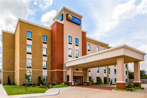 comfort inn oklahoma comfort inn suites newcastle oklahoma city deals