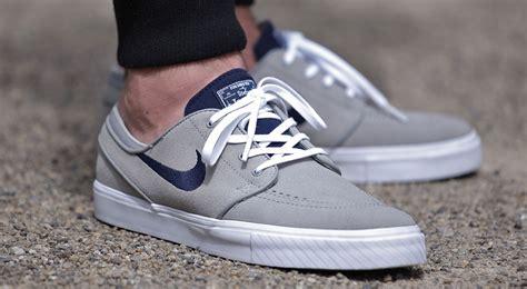 Nike Stefan Janosky Grey nike sb zoom stefan janoski grey suede sneaker bar detroit