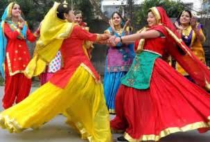 Photo gallery of lohri festival in delhi explore lohri festival in