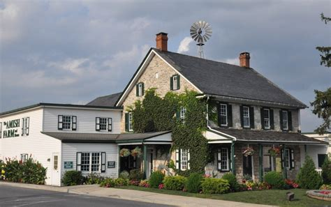 authentic bed and breakfast fall in lancaster county