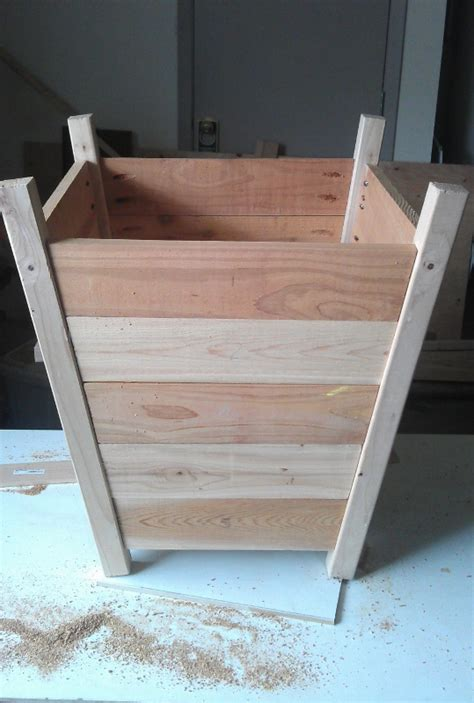 what to put in bottom of planter for drainage frugal gardening diy planter box for 20