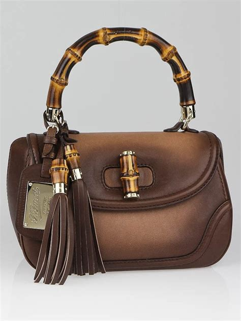 Gucci Handbags Top 10 From Winter Collection by Gucci Winter Leaf Leather 1921 Collection Medium Bamboo