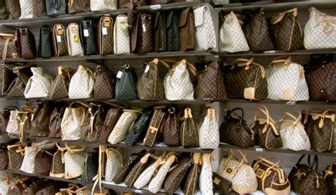 Harga Tas Gucci Di Eropa liburan ke luar negeri jangan bawa barang barang ini