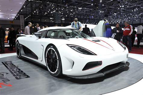 koenigsegg pagani china s super rich find veyron ss expensive and the pagani