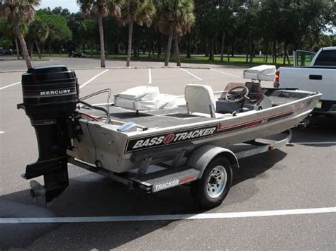 pictures of bass tracker boats pictures 17 bass tracker 17ft bass tracker boat