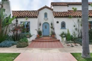 Hgtv Bedroom Color Schemes spanish revival master bath mediterranean exterior