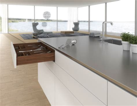 Sortie Countertops by Coulisse Quadro Hettich