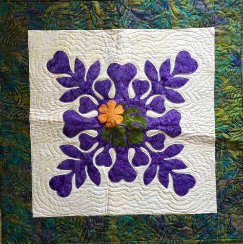 Hawaiian Quilt Kit by Laser Cut Hawaiian Applique Quilts
