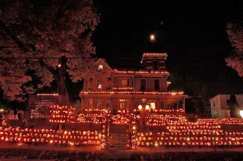 kenova pumpkin house the pumpkin house kenova wv seasonal beauty pinterest