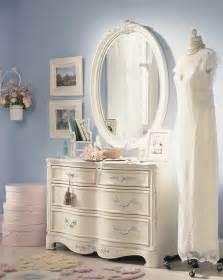 jessica mcclintock home decor lea jessica mcclintock romance 4 drawer dresser furniture