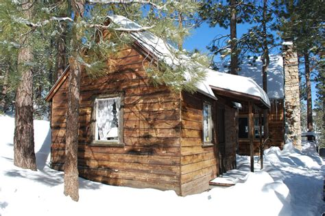 Who Survives In Cabin In The Woods by Living The Grid What Does It Grid World