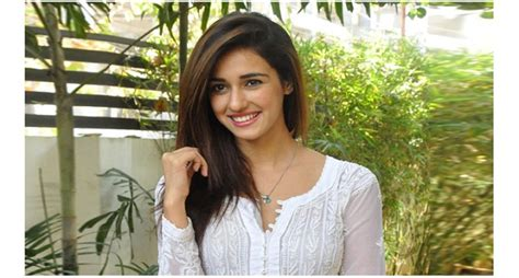 disha patani is bollywoods next sensation times of india 10 things about disha patani who first appeared in dhoni