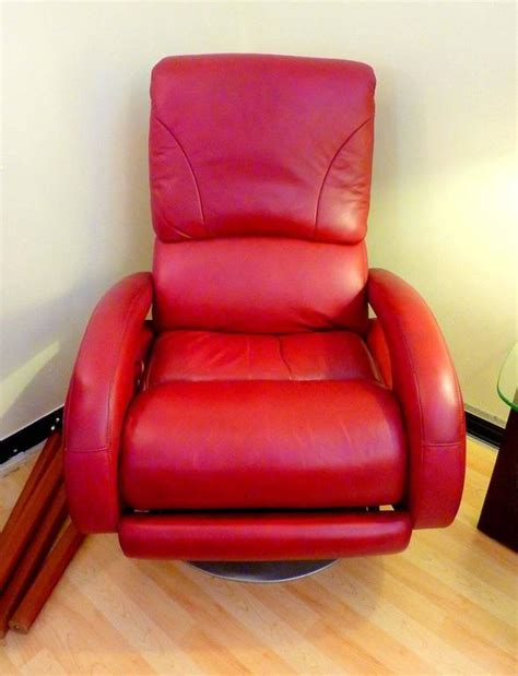 lane leather recliners sale red leather recliner by lane for sale at 1stdibs