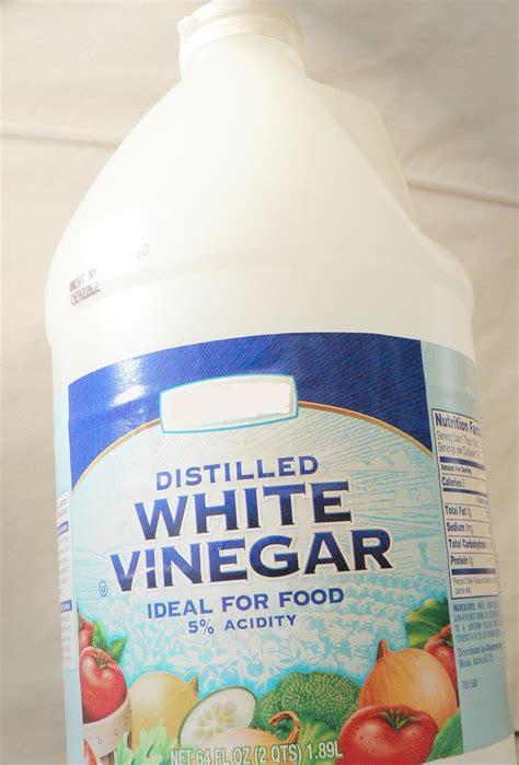 vinegar carpet cleaning images vinegar carpet stains diy carpet cleaning solution vinegar car interior design