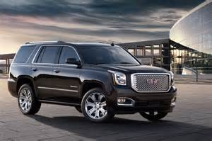 Chevrolet Yukon 2015 2015 Gmc Yukon Denali Front Three Quarters View Photo 30