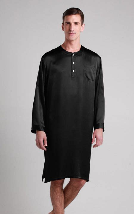 robe de chambre pour homme 7 best images about pyjama homme soie on chemises pyjamas and robes