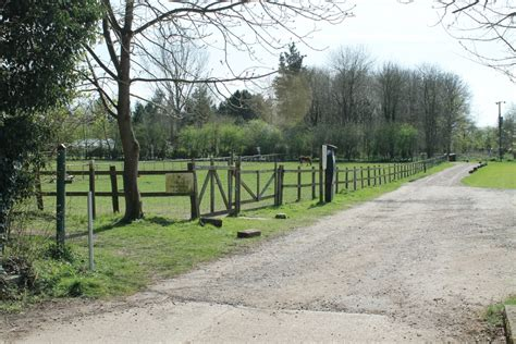 Cabins In Suffolk by Large Bunkhouse Accommodation Near Diss Suffolk