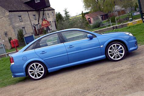 vauxhall vectra vxr vauxhall vectra vxr 2005 2008 photos parkers