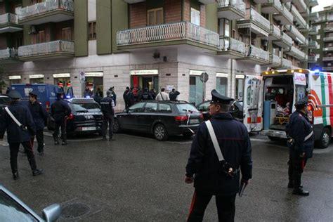 banche a taranto taranto rapina al portavolori ucciso vigilante 2duerighe