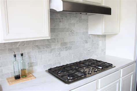 and sport carrara marble backsplash
