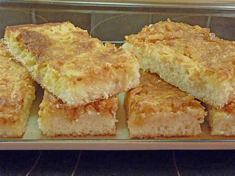 kuchen mit quark öl teig saftige kuchen mit quark rezepte chefkoch de