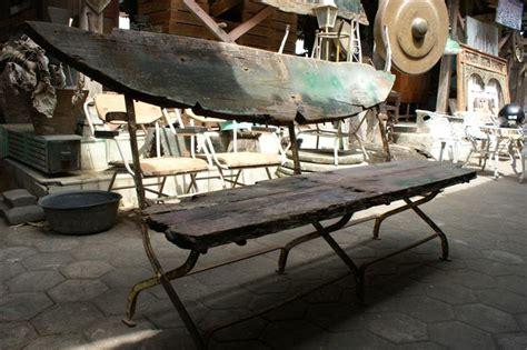 Kursi Taman Yogyakarta barang antik kursi taman tua kayu panjang terjual