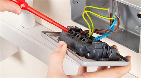domestic electrician overview of the basic electrical course