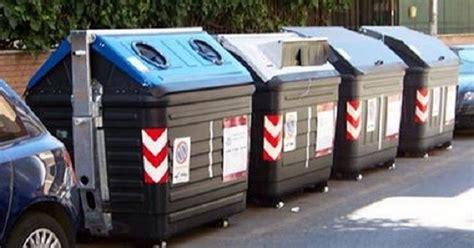 ama roma uffici rifiuti a roma in arrivo biocomp in scuole e uffici veb it