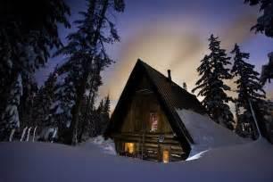 snowshoe cabin rentals enjoy a unique experience