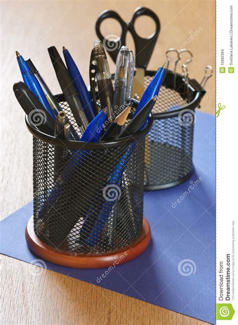 articoli per ufficio articoli per ufficio immagini stock immagine 10982394