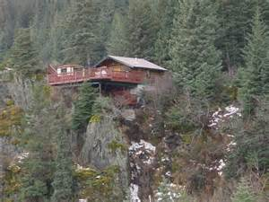 Cliffside Cabin Wisconsin by 10 Luxury Cing And Gling Resorts In Alaska