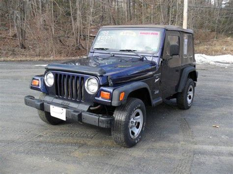 4cyl Jeep Wrangler Mpg Purchase Used 1998 Jeep Wrangler 4 0l 6 Cylinder Sport 5
