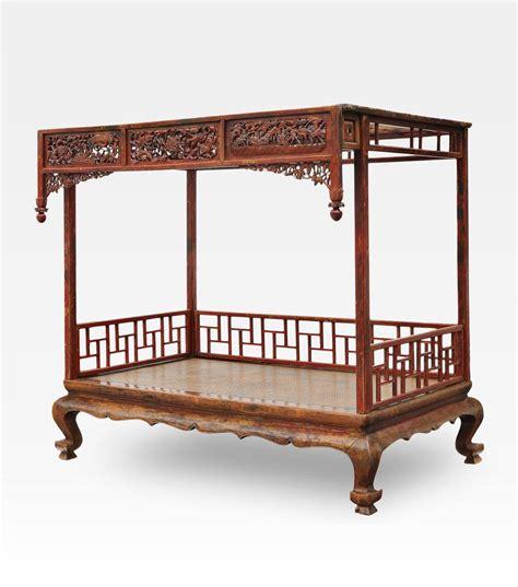 letto baldacchino letto cinese a baldacchino intagliato legno di olmo